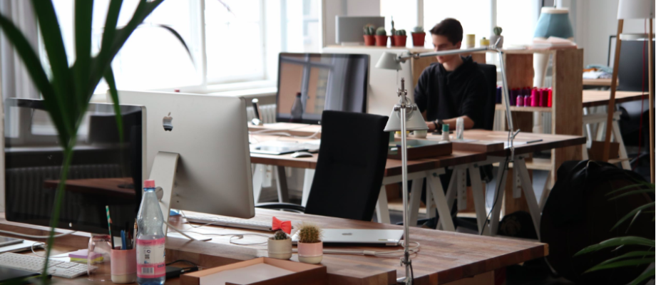 How To Make Your Work Desk Comfortable and More Personable